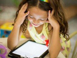 kids-on-tablet.jpg