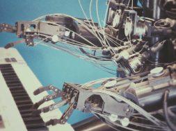 unsplash-image-robot.jpg