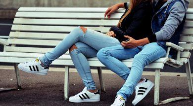 teen-love-djim-loic-unsplash.jpg