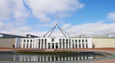 parliament-house-canberra-australia-helen35-pixabay.jpg