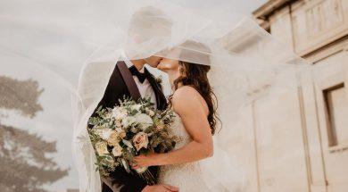 married-couple-kissing-emma-bauso-pexels.jpg
