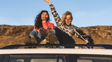 two-girls-roadtrip-raphael-rychetsky-unsplash.jpg