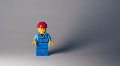 lego-man-hardhat-marcel-strauss-unsplash.jpg