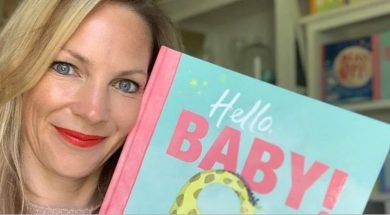 shelley-unwin-reading-to-babies-supplied-hopemedia.jpg